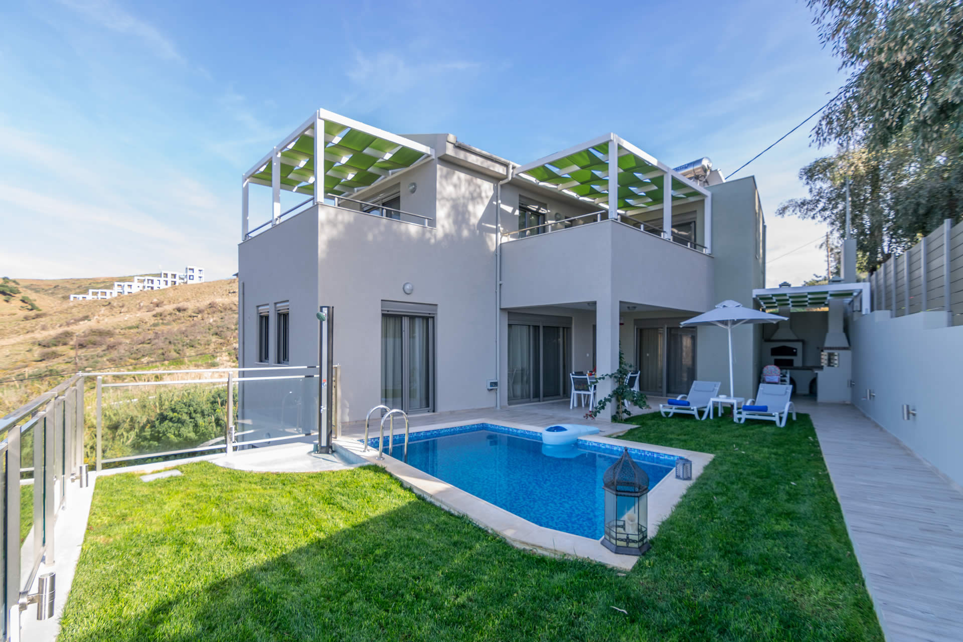 Welcome to Villa Ilianthos!